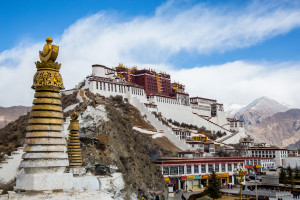 Lasha potala palace on the mountains, highest ancient palace in the world