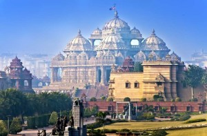 temple Akshardham Delhi in a sunny day. India .